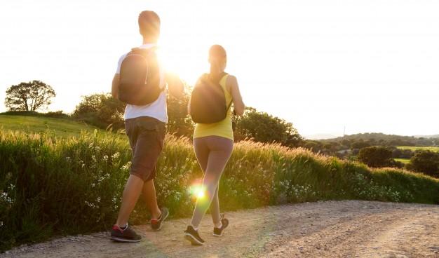 Limiter les fuites urinaires en faisant de la marche